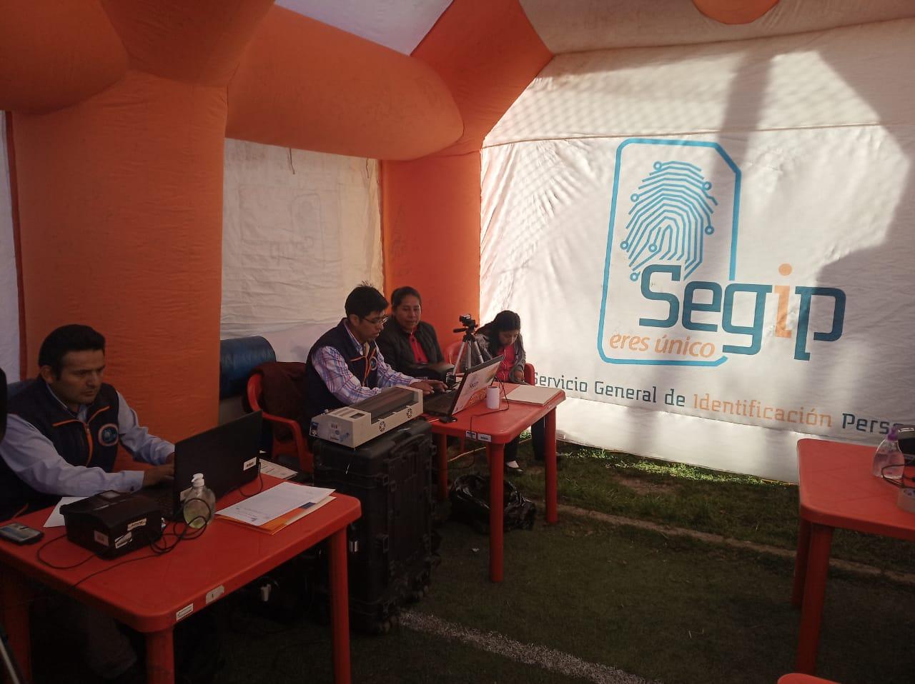 SEGIP instala brigadas móviles para reponer cédulas de identidad a las personas afectadas por el deslizamiento