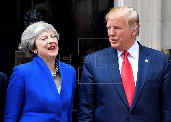 Theresa May y Donald Trump aspiran a un acuerdo comercial tras la salida británica de la Unión Europea