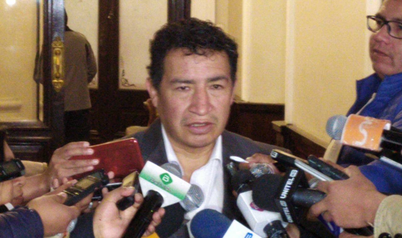 Cámara de Diputados aprueba ley que obliga a las empresas públicas a usar cemento boliviano