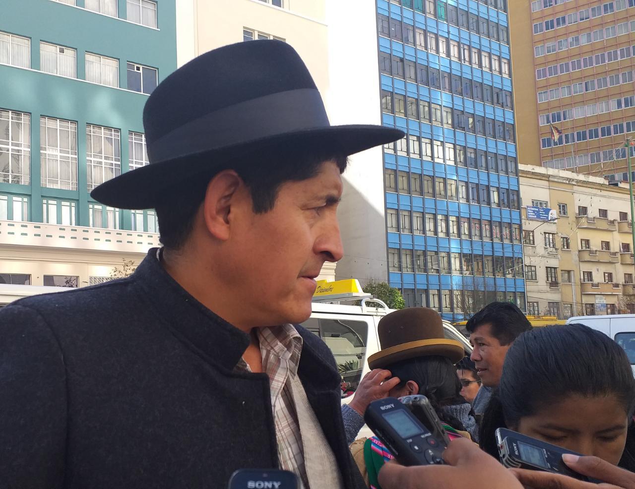 CSUTCB acusa a Carlos Mesa de presuntamente fomentar los conflictos de ADEPCOCA