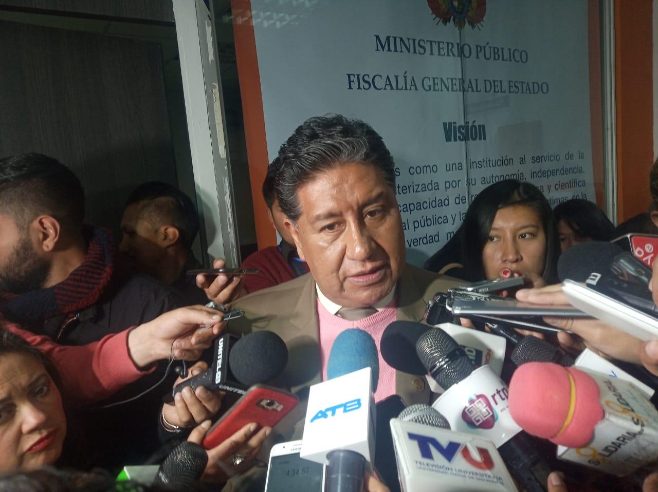 Fiscalía imputa a Revilla por atentado contra la salud pública en el caso del relleno sanitario de Alpacoma