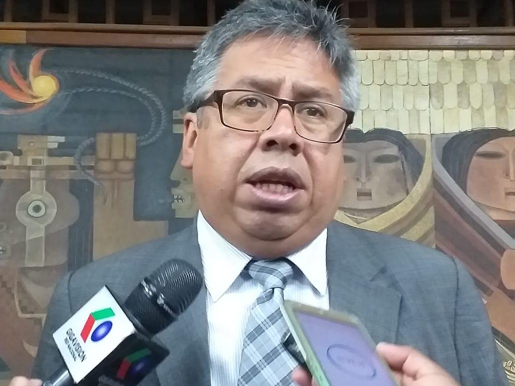 Larrea anuncia la conformación de una comisión nacional en defensa del sector salud