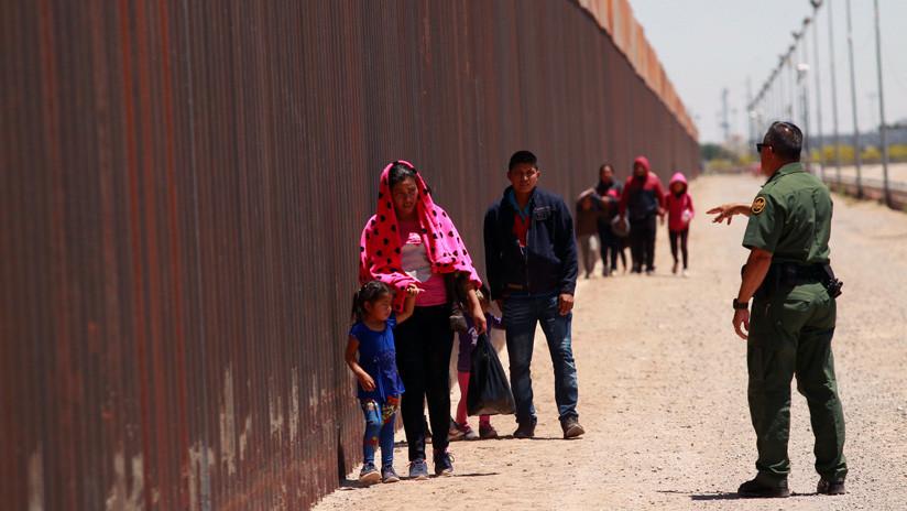 EE.UU. anuncia el aumento de 32 kilómetros en la construcción del muro fronterizo con México