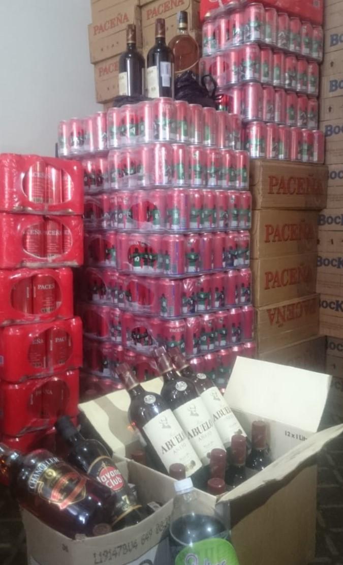 GAMLP decomisa 5.300 botellas en la Entrada Universitaria