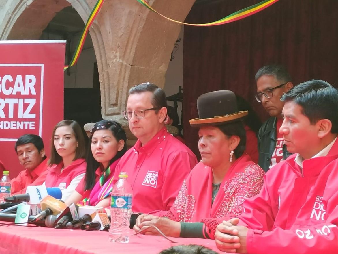 """Ortiz califica a Mesa como """"Chupamedias del Presidente"""" tras las acusaciones a su persona"""