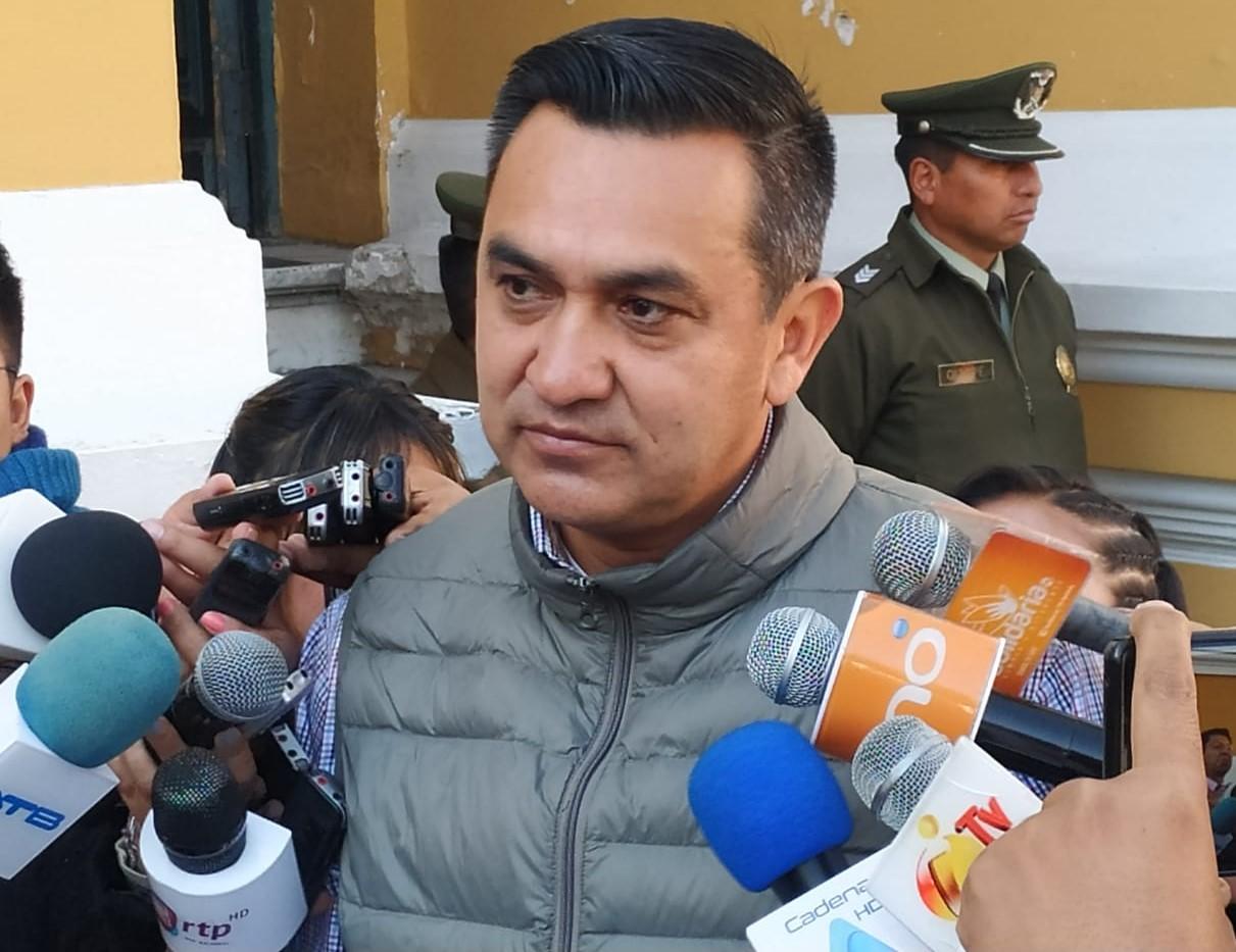 Senador Nuñez denuncia al gobierno por gastar Bs. 104 millones en construcción de sedes afín al MAS