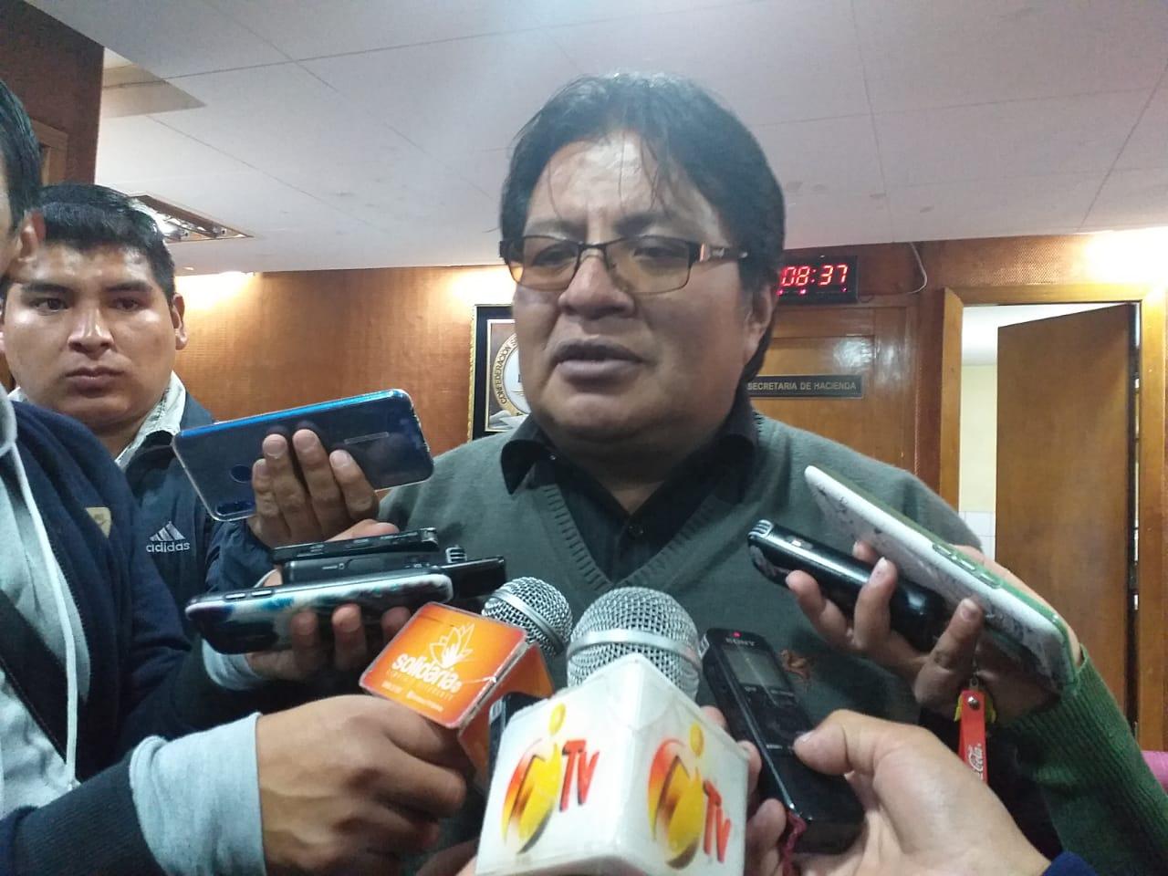 Chóferes amenazan con un paro departamental de 24 horas si el alcalde no los convoca a una reunión