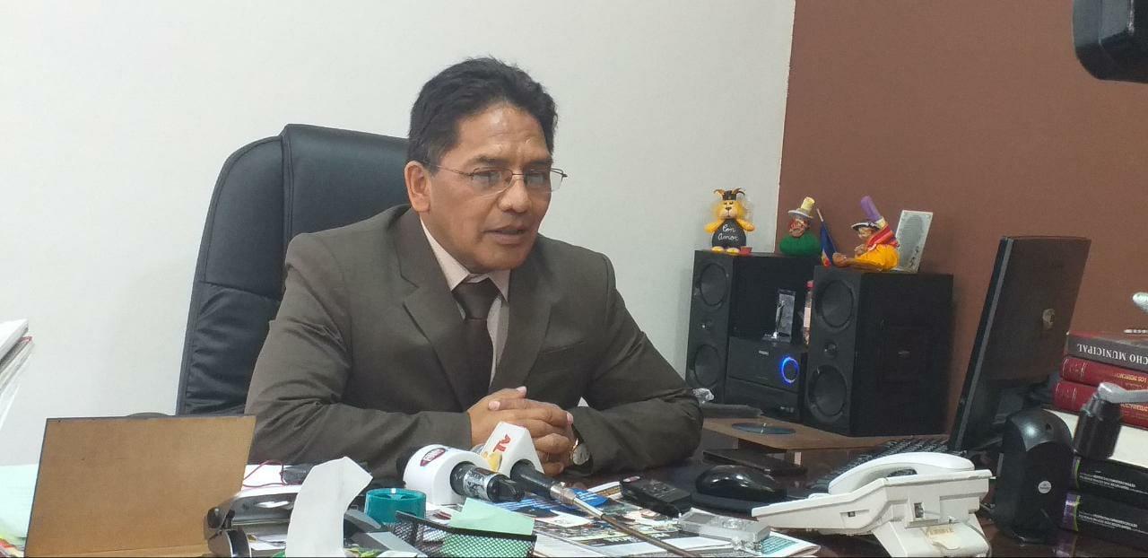 Concejal Condori advierte que en Cuarto Centenario hay 4 casas en riesgo de colapsar
