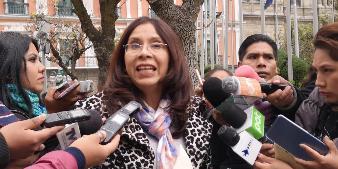 Diputada Millares presenta denuncia contra decano del Consejo de la Magistratura tras ser acusado de favorecer a un feminicida