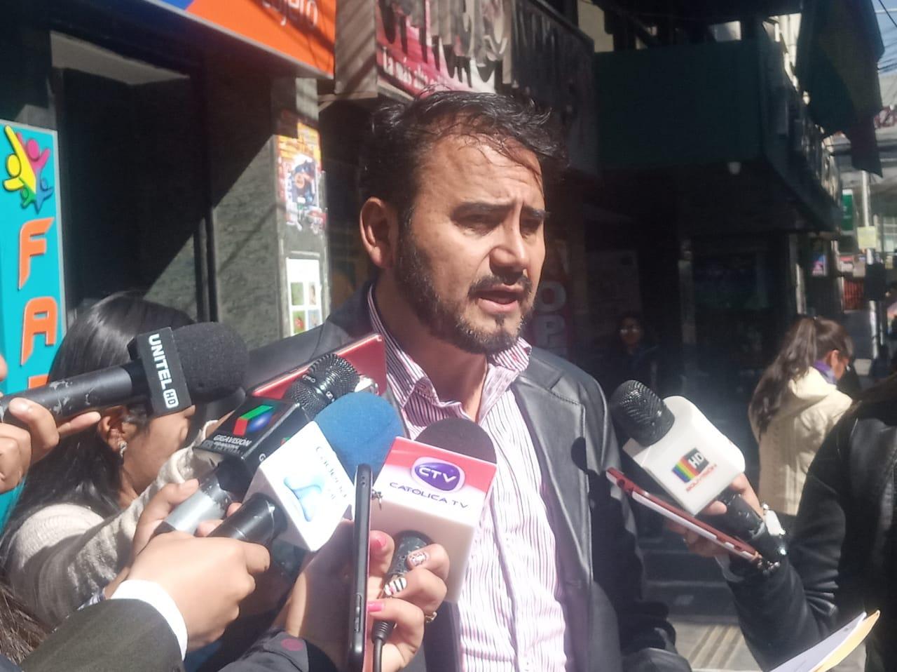Justicia Militar no investigará a comandante de FFAA si previamente no hay un informe del Ministerio de Defensa