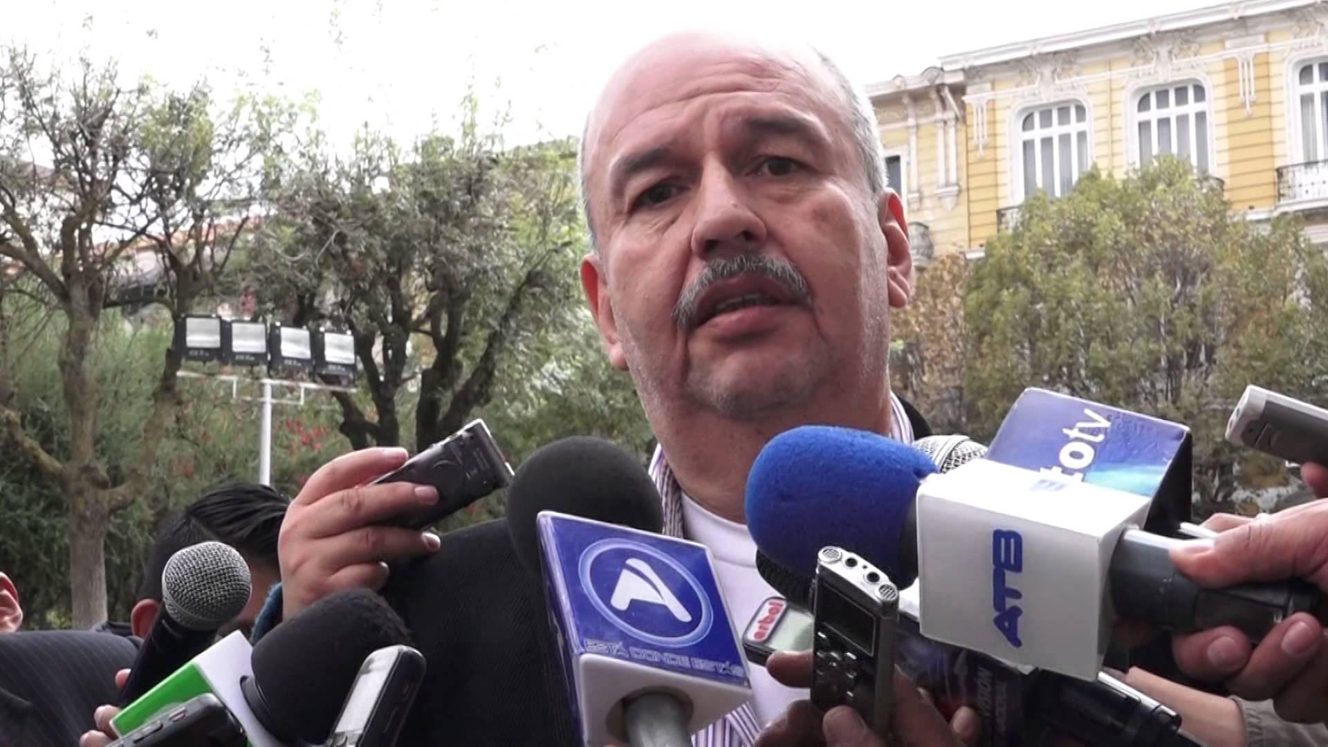 Oposición denuncia a Cecilia Chacón por la compra de 6 helicópteros con sobreprecio