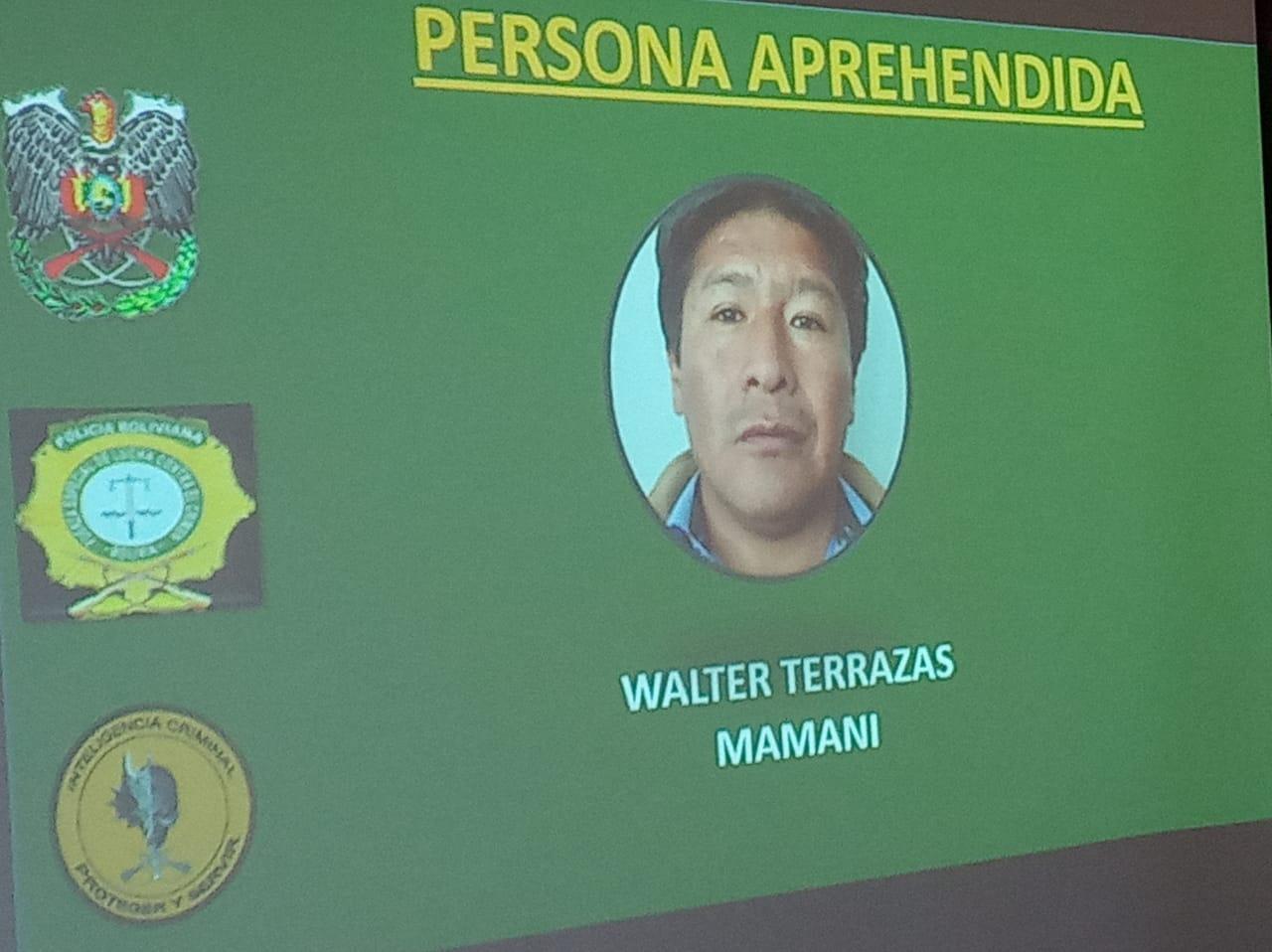 Policía aprehende a supuesto dirigente del MAS que estafaba a personas al ofrecerles cargos en instituciones públicas