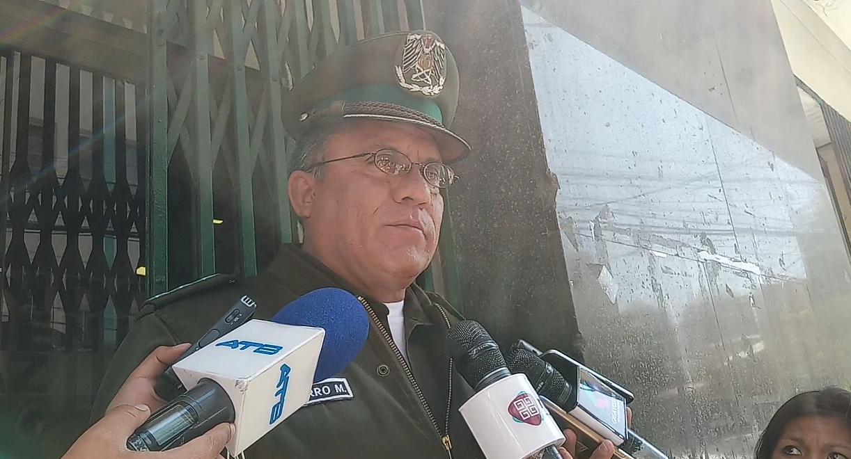 Policía desplegará más de 900 funcionarios policiales en La Paz para el Día del Peatón