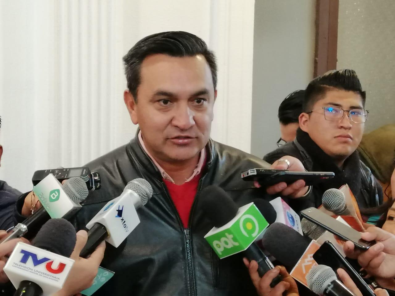 Senador Núñez denuncia el gasto de Bs 18.000.000 para el equipamiento de la Casa Grande del Pueblo