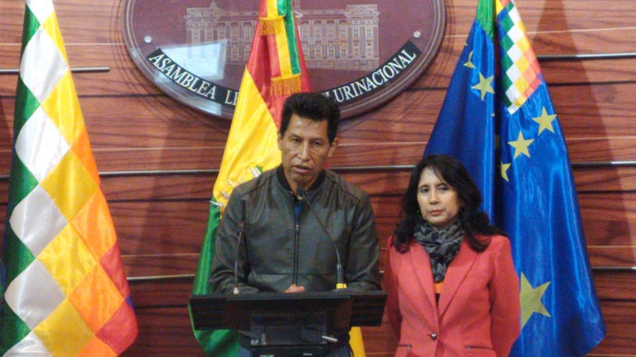 Senador Rodríguez denuncia hostigamiento y persecución política tras la renuncia a su candidatura vicepresidencial