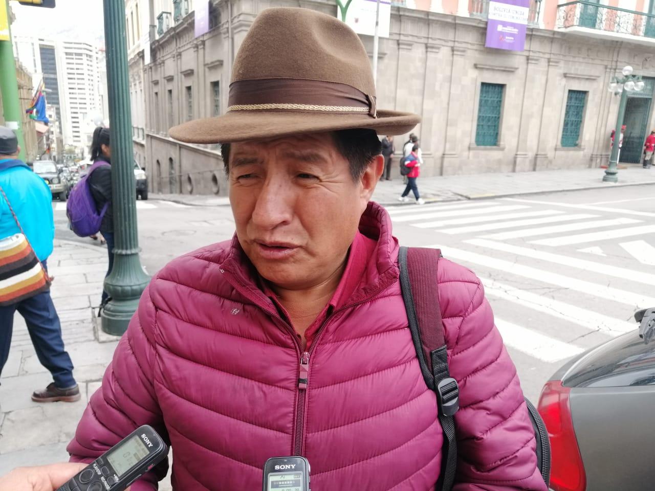 Bolivia Dice No pide la inhabilitación de Mesa ya que su partido comentó sobre la encuesta invalidada de la UMSA
