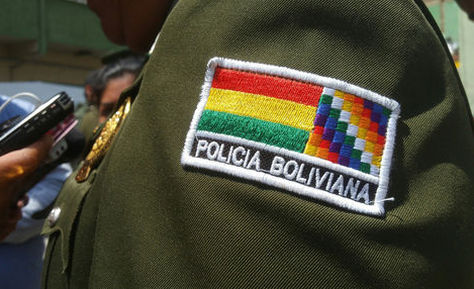 Cinco policías son investigados por presuntamente agredir a personas en situación de calle