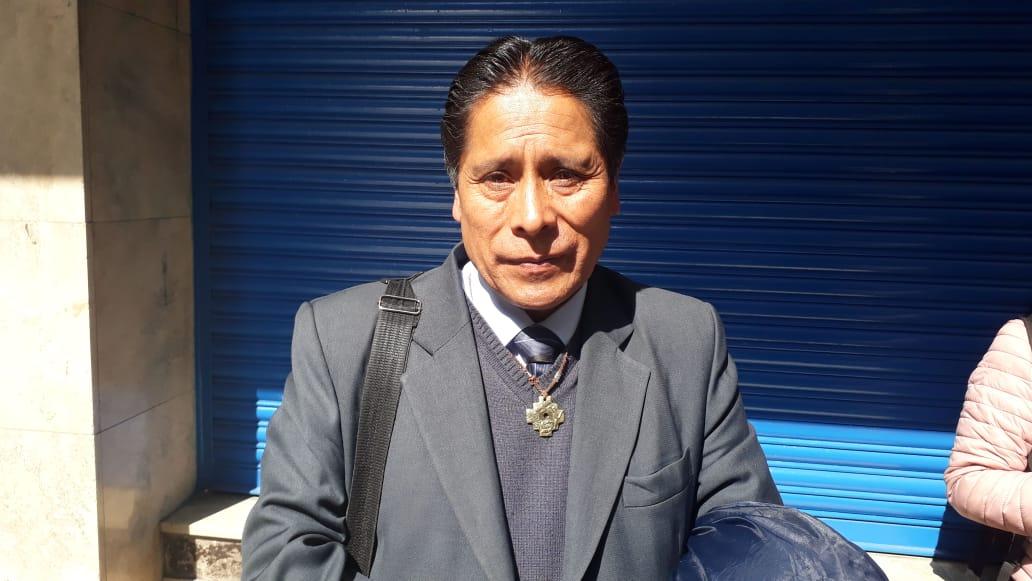 David Ticona presentará una querella ante la CIDH contra el Gobierno y los galenos por el paro médico indefinido