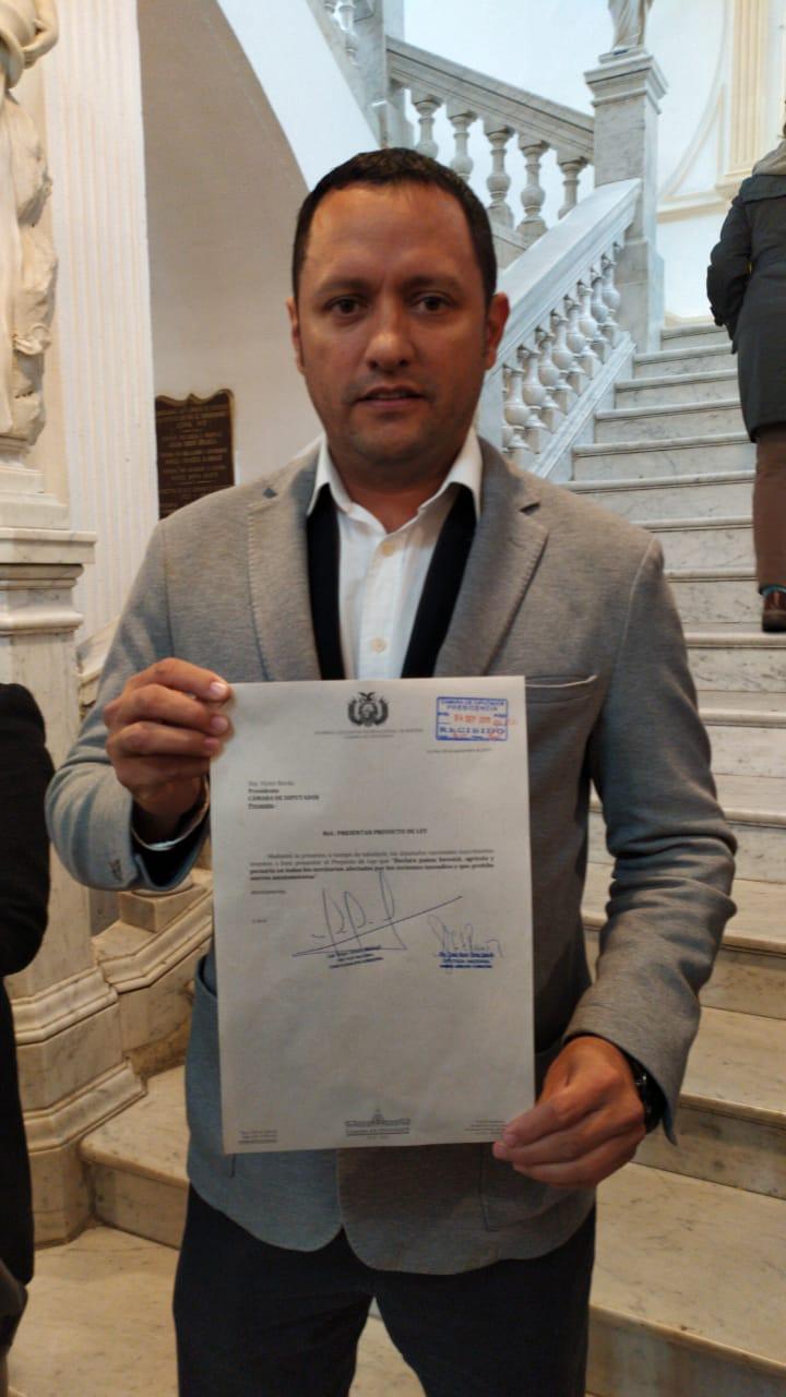 Diputado Dorado presenta un proyecto de ley de pausa ambiental, ecológica y agrícola