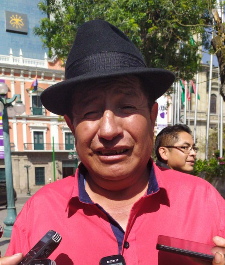 Diputado Quispe asegura que el fallo de la acción popular contra bloqueos de chóferes es inapelable