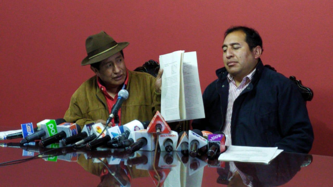 Diputados de UD denuncian a Quintana por delitos electorales