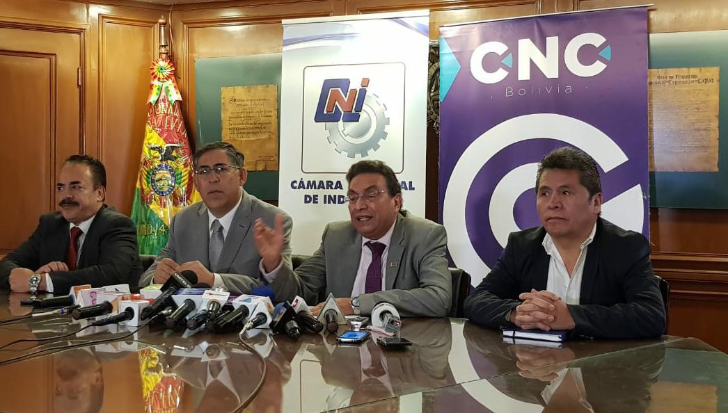 Empresarios proponen al Gobierno una concesión privada para bajar tarifas portuarias con el puerto de Arica