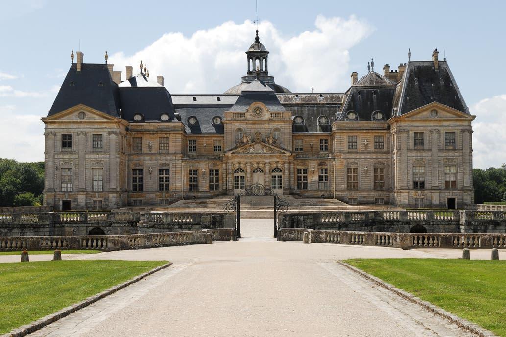 Ladrones desarmados roban € 2.000.000 en joyas en un castillo de Francia