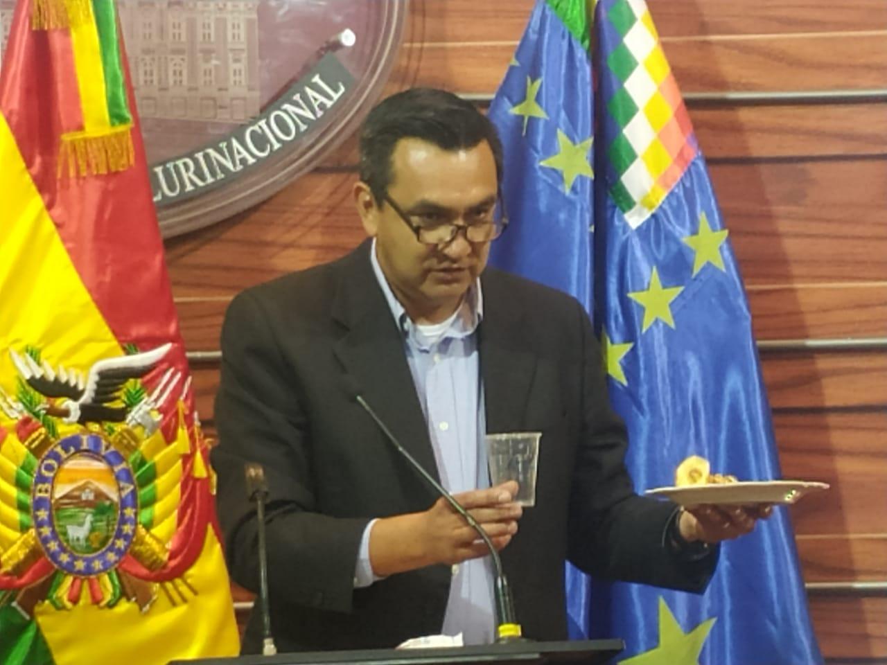 Oposición denuncia que BOA gastó más de Bs 248.000.000 en servicio de catering