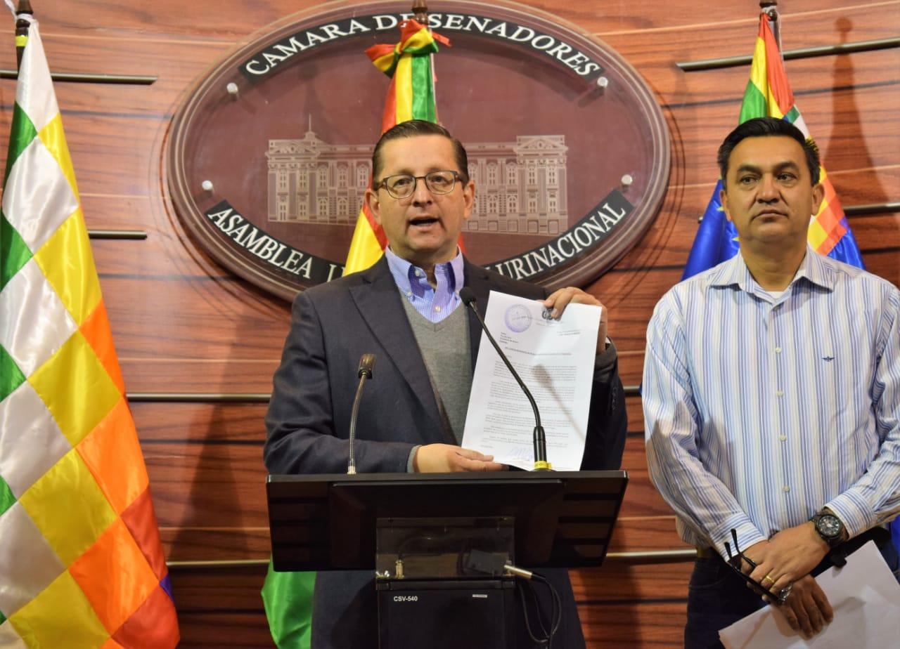 Ortiz envía carta a Morales para que declare como desastre nacional a los incendios de Santa Cruz