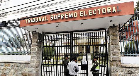 TSE frena difusión de encuesta electoral realizada por la UMSA