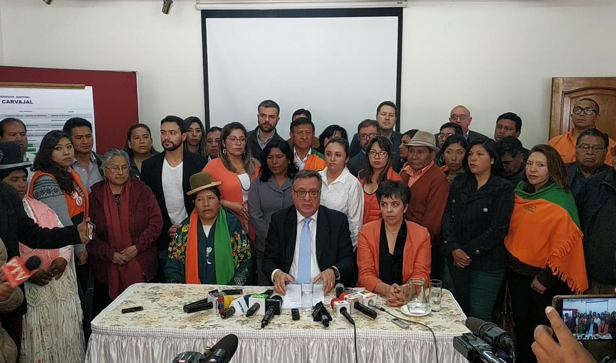Asesor Jurídico de CC presenta una denuncia contra el candidato Morales y al MAS