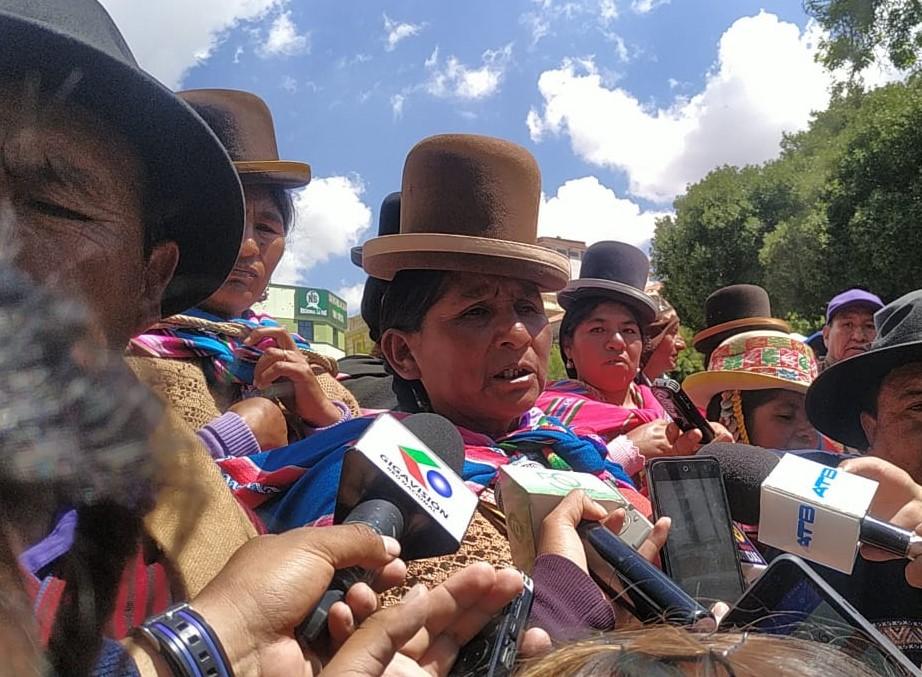 Bartolinas convocan a una movilización el día de mañana en defensa del triunfo de Evo Morales