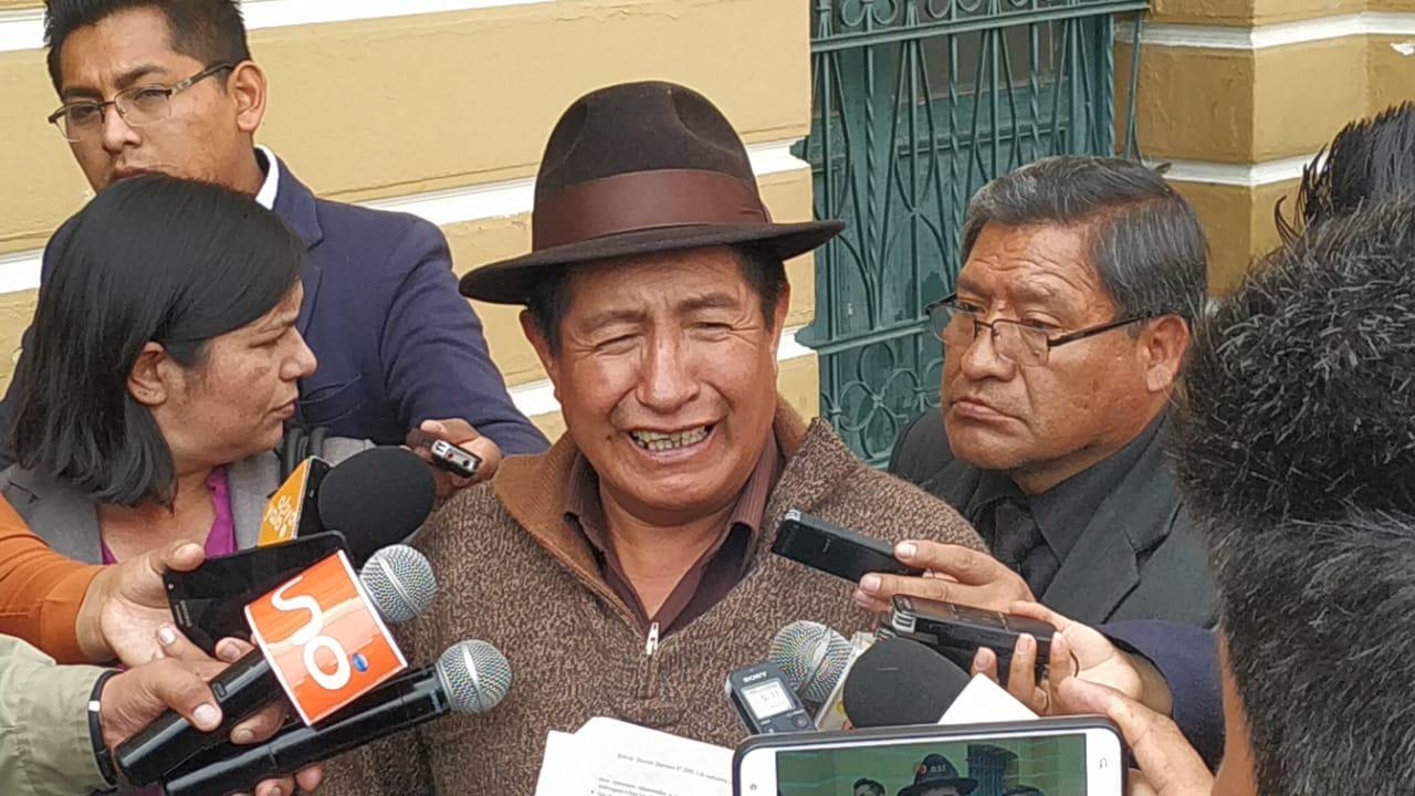 Diputado Quispe pide la renuncia de Morales por los dos fallecidos en Santa Cruz