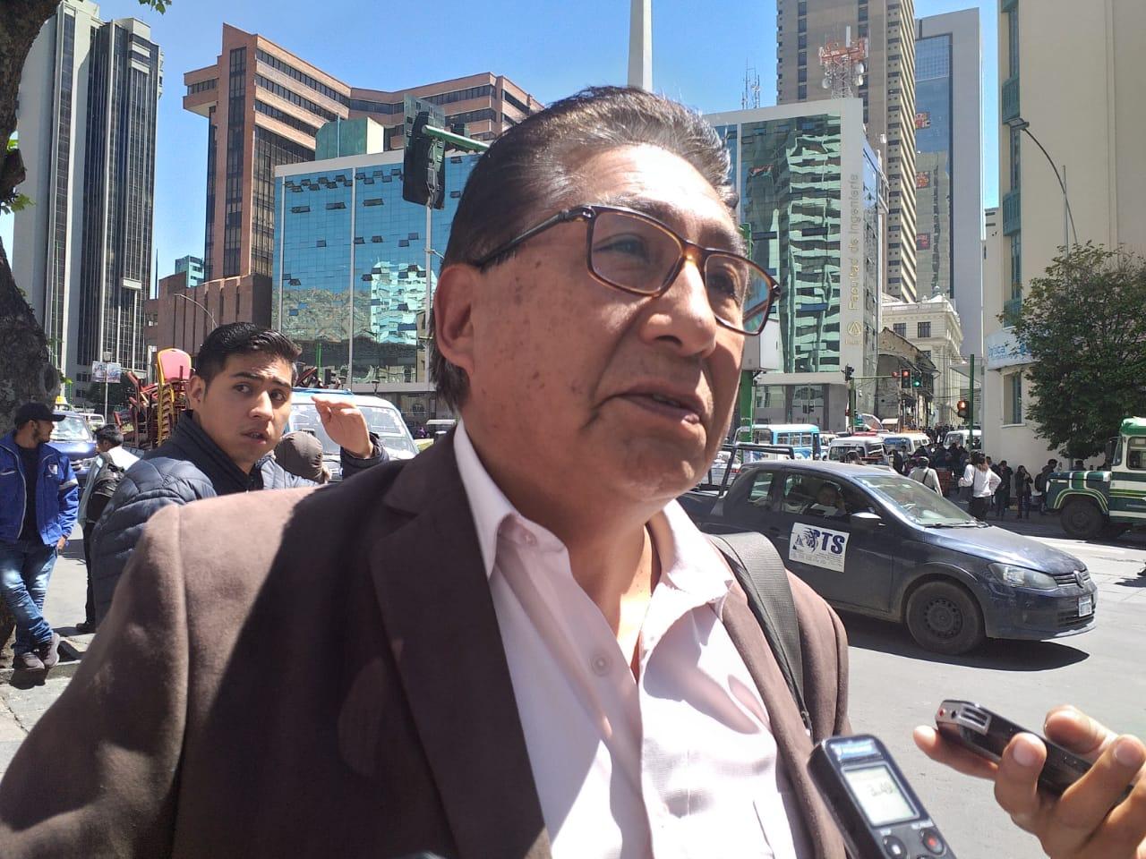 Dirigentes de sectores sociales advierten que Bolivia está en riesgo de perder la democracia