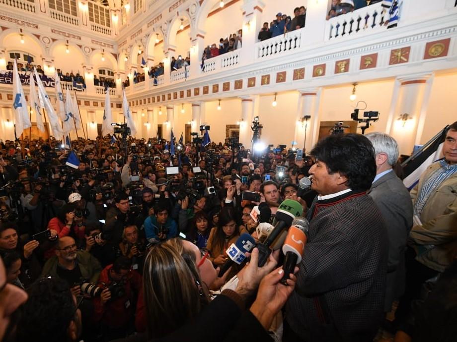 Evo Morales se declara ganador por cuarta vez consecutiva