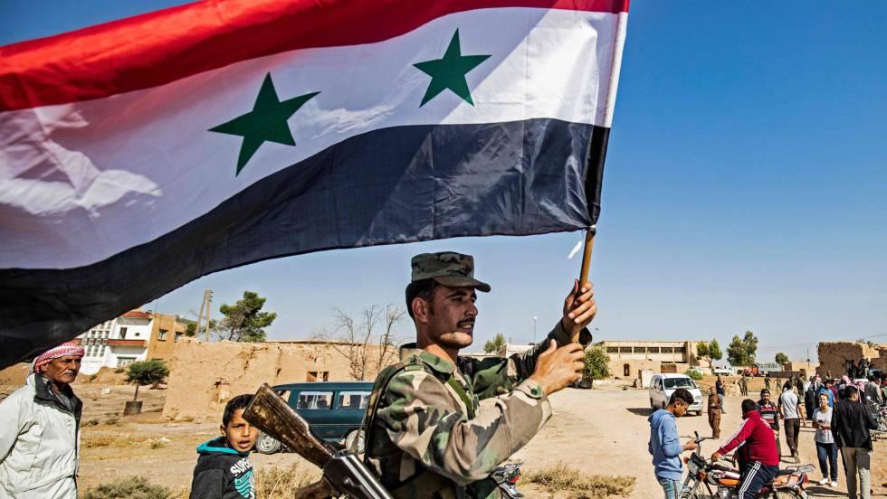 Fuerzas militares de Siria avanzan hacia la frontera con Turquía