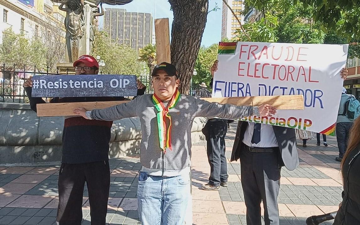 """Integrantes de la plataforma """"Otra Izquierda es Posible"""" se crucificarán en exigencia al respeto del voto ciudadano"""