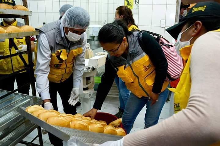 Intendencia y panificadores establecen incremento de Bs 5 por quintal en el horneado de panes