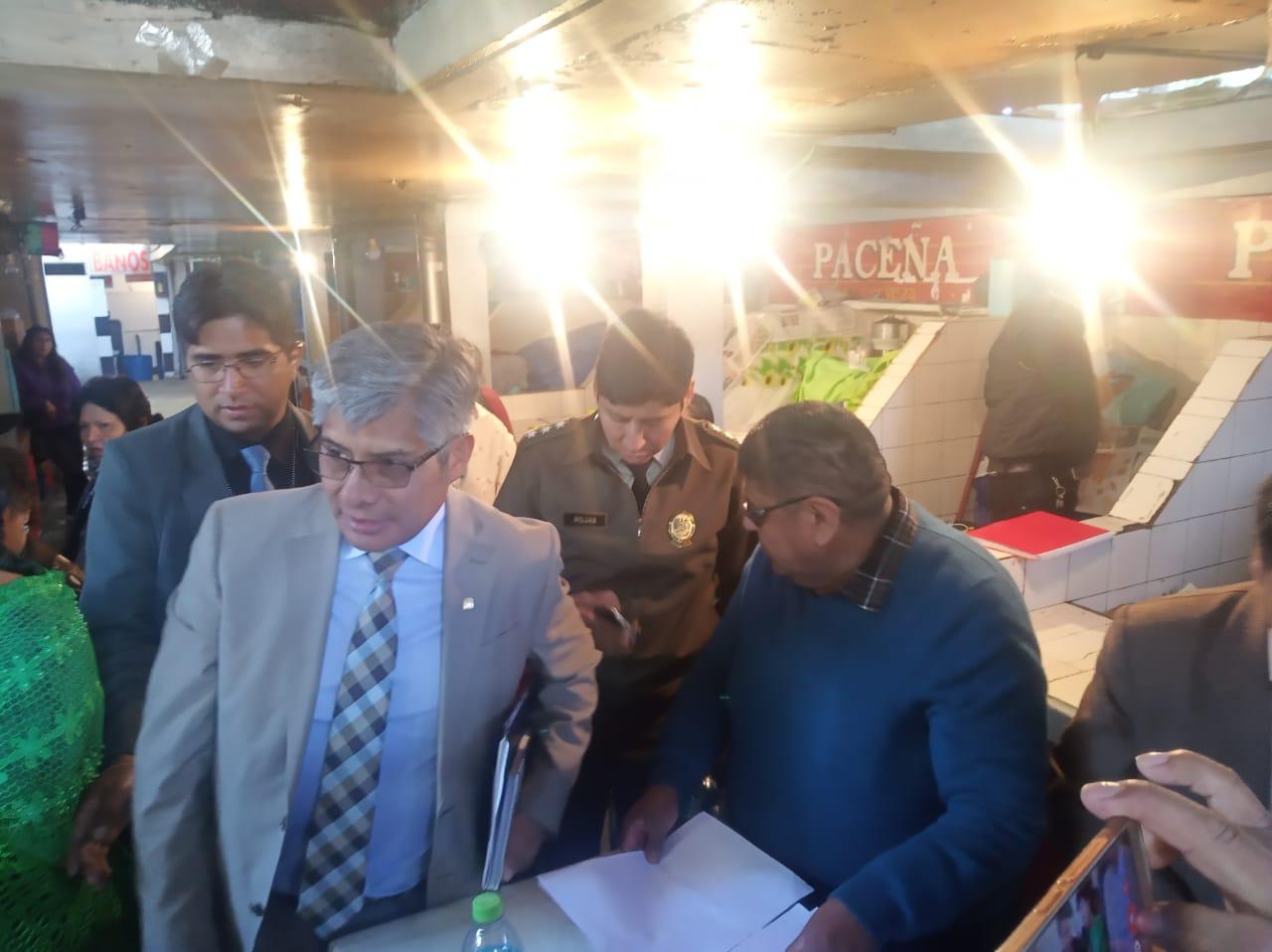 Reforzarán la seguridad en el mercado Las Velas tras una reunión entre el Gobierno, Policía y los comerciantes