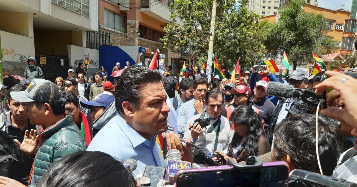 Revilla denuncia que el Gobierno envió grupos de choque para provocar enfrentamientos en La Paz