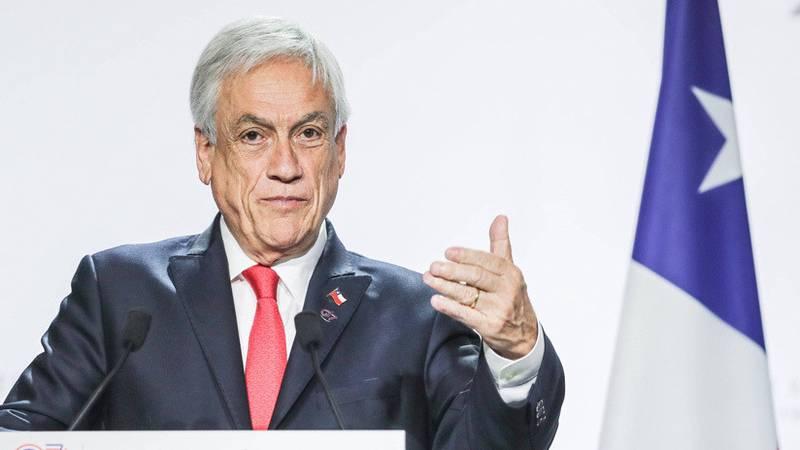 Piñera cambió a 8 de sus ministros del Gobierno y ratificó a 16 tras las protestas en Chile