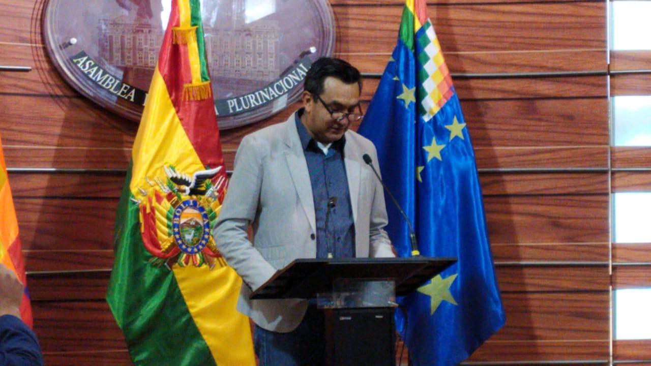 Senador Núñez denuncia a candidato del MAS por presuntamente usar sus influencias para la adjudicación de contratos millonarios