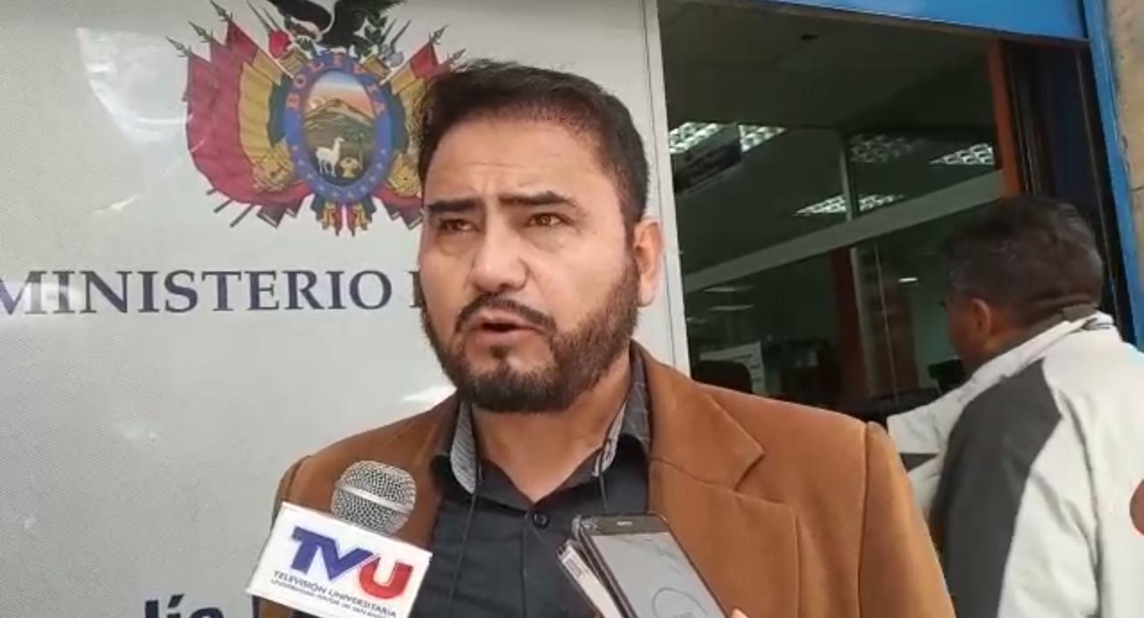 Piden orden de aprehensión contra Kalimán en caso de que no se presente voluntariamente para declarar por la investigación de incumplimiento de deberes