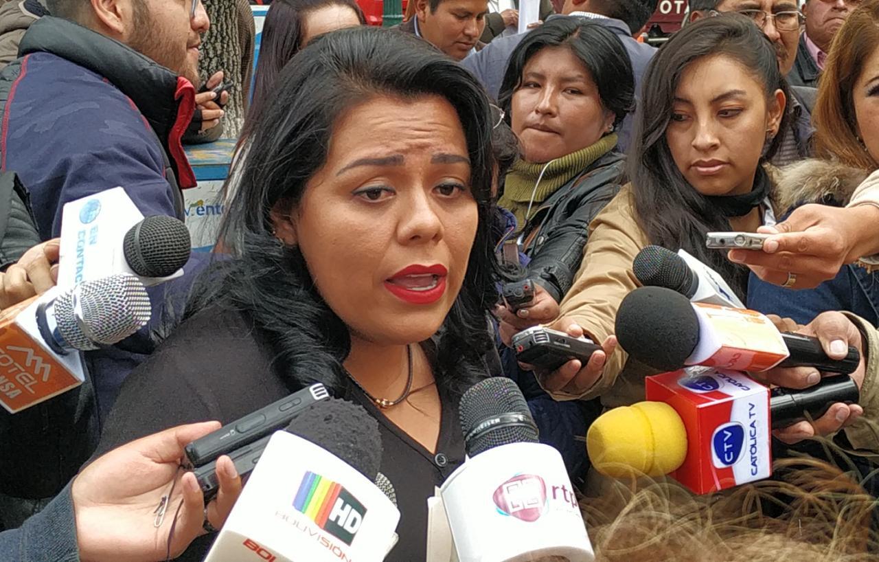Presentan proyecto de ley para dar estabilidad laboral a víctimas de feminicidio