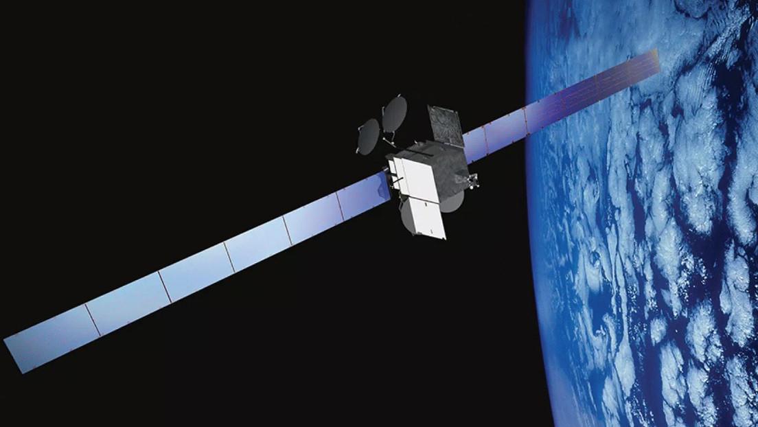 Satélite estadounidense fue sacado de su órbita por el riesgo de la explosión de sus baterías que podría dañar la tecnología espacial vecina