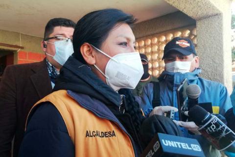 Alcaldesa Chapetón anuncia proyecto de ley para reanudar actividades de 50% de los gremiales en El Alto