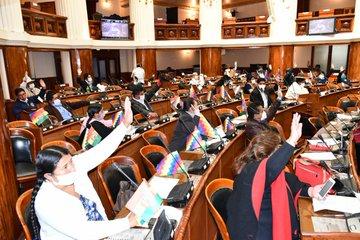 Cámara de Diputados aprueba proyecto para rebaja de costos en servicios de internet prepago y postpago
