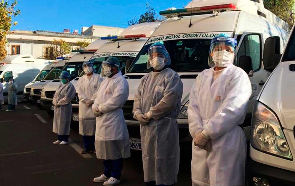 Gobierno envía 10 ambulancias y personal médico a Beni para ayudar en la atención del COVID-19