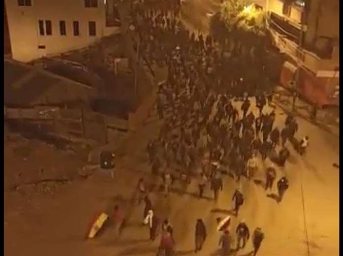 Pobladores de Uncía se declaran en emergencia ante destrozos y agresiones de comunarios