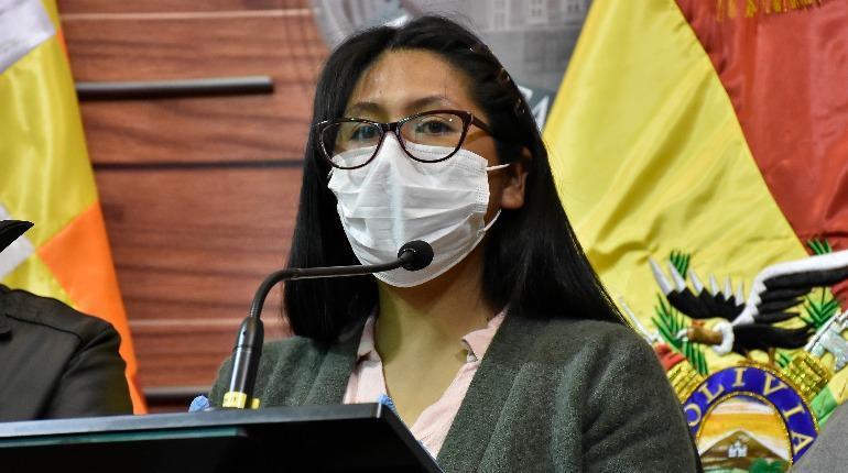 Viceministro de Transparencia retracta sus declaraciones contra Copa tras acusarla de haber visitado a 3 implicados en el caso de respiradores